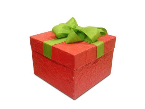 Geschenken uitpakken in het nieuwe jaar Goede Wijn waarderende gemeenteontwkkeling